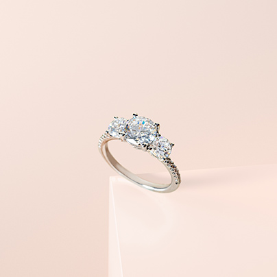 5 Ideas for Upgrading Your Engagement Ring