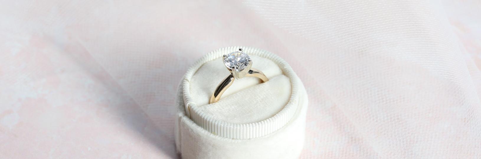 12FIFTEEN Diamonds engagement ring
